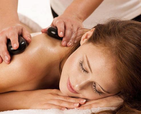 hot stone massaggio pietre