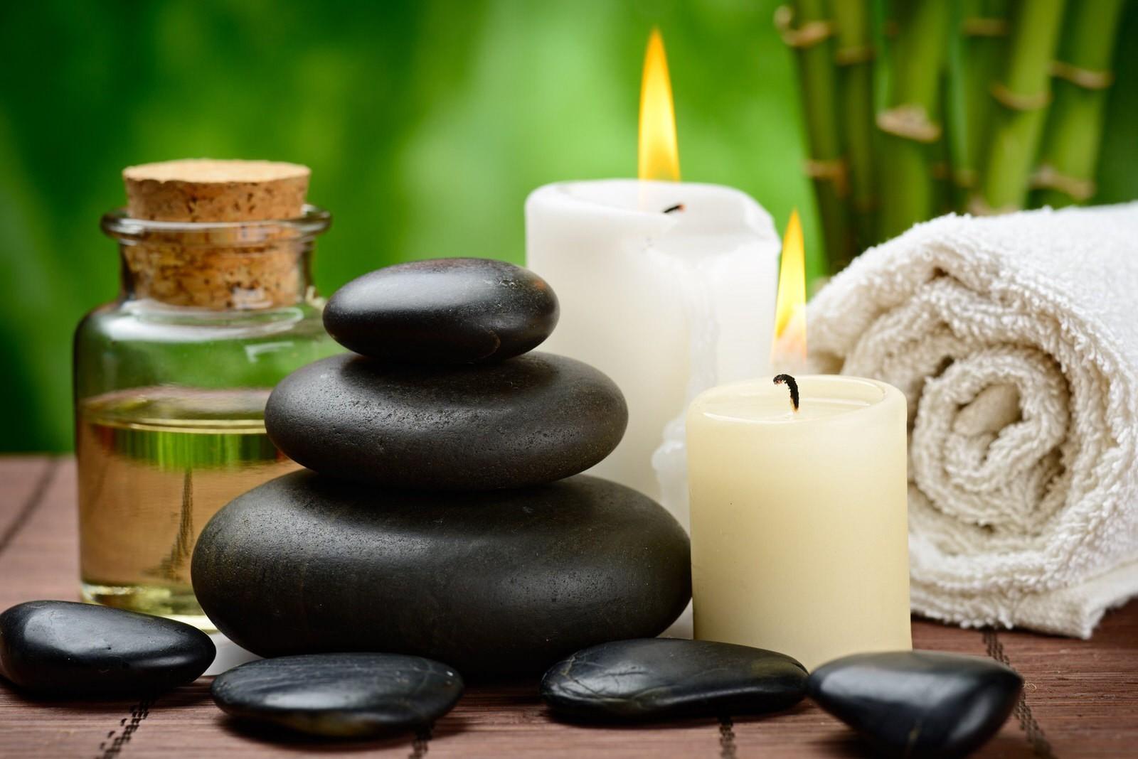 massaggio pietre laviche
